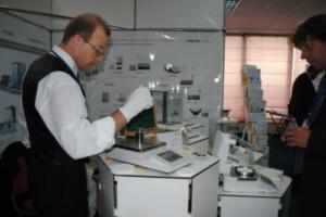 Поверка и калибровка средств механических изделий и измерений массы